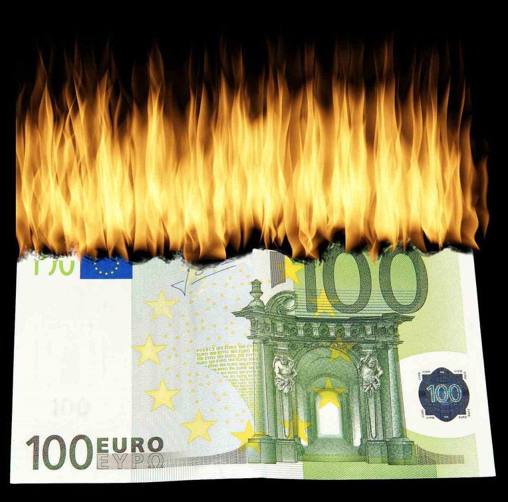 Verbranntes Geld